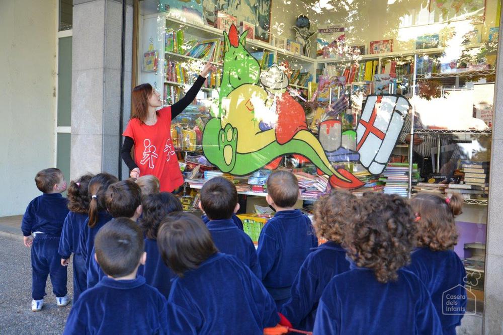 La_Caseta_dels_infants_St_Jordi_08.jpg