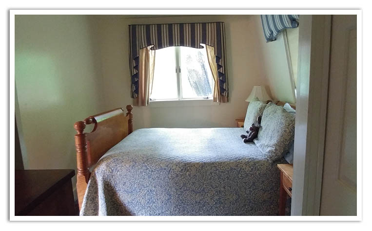 Carriage House Double Bed.jpg