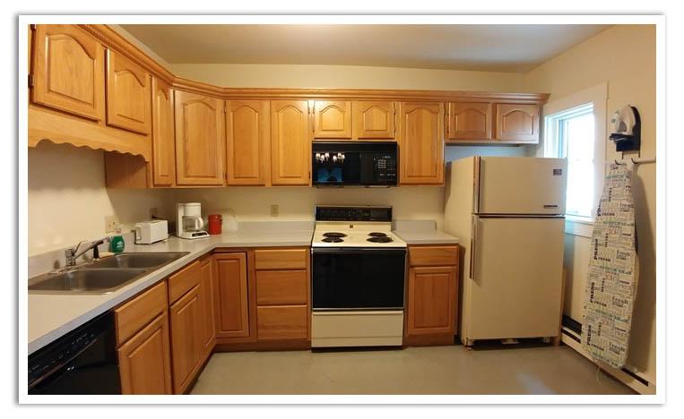 9-10 Kitchen.jpg