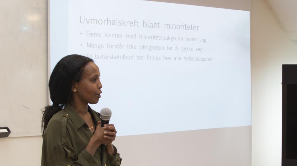 Asha Berre på konferansen. Foto: Katarina Storalm