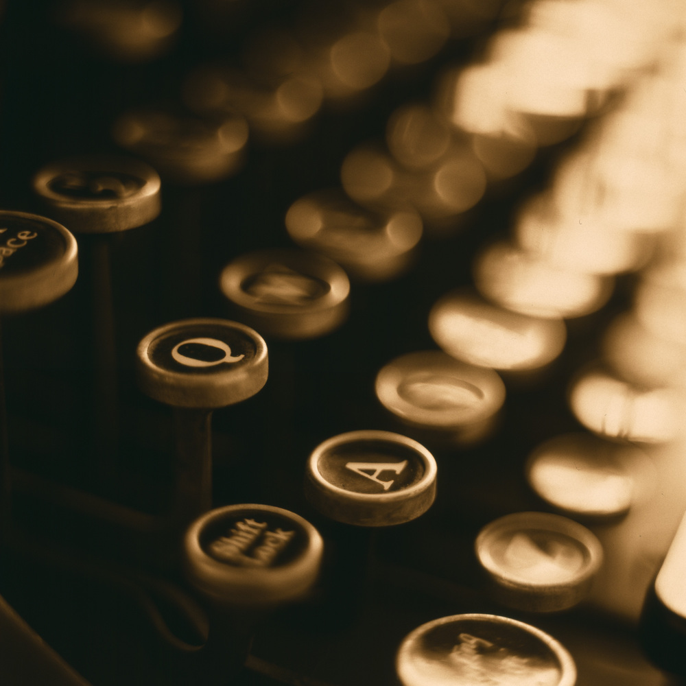 Typewriter_3200ppi.jpg