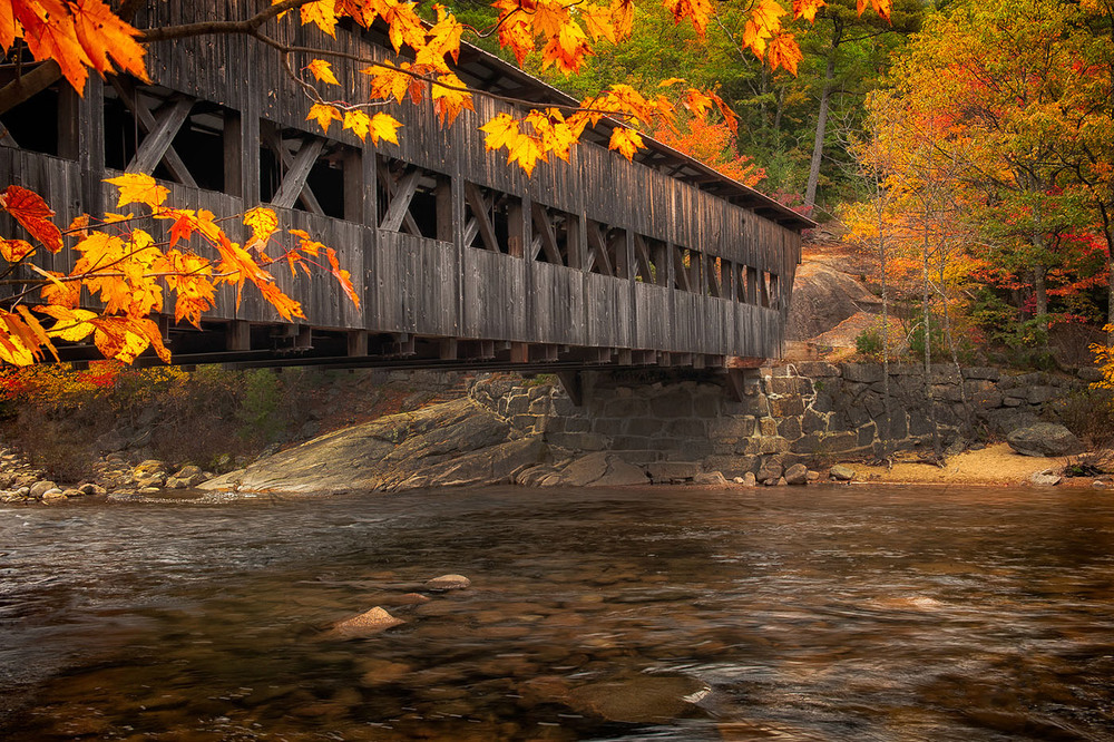 fall_coveredbridge.jpg