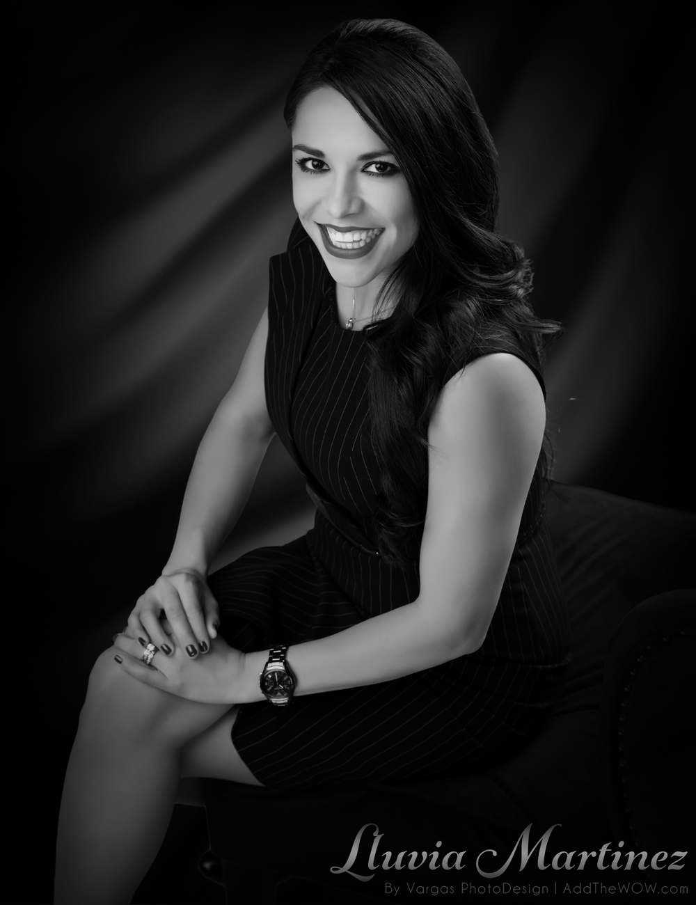Lluvia-Martinez-Realtor-Orange-County-Head-Shots-Portraits.png