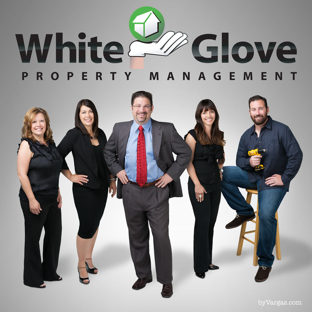 White-Glove-Team-Photo-with-logo.png