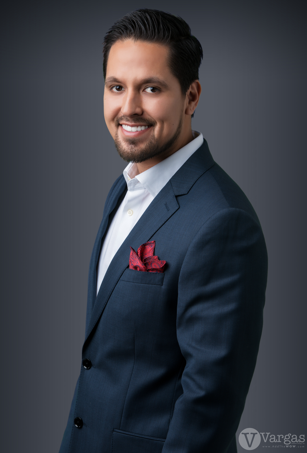 Padilla_Christian-Realtor head shot.png