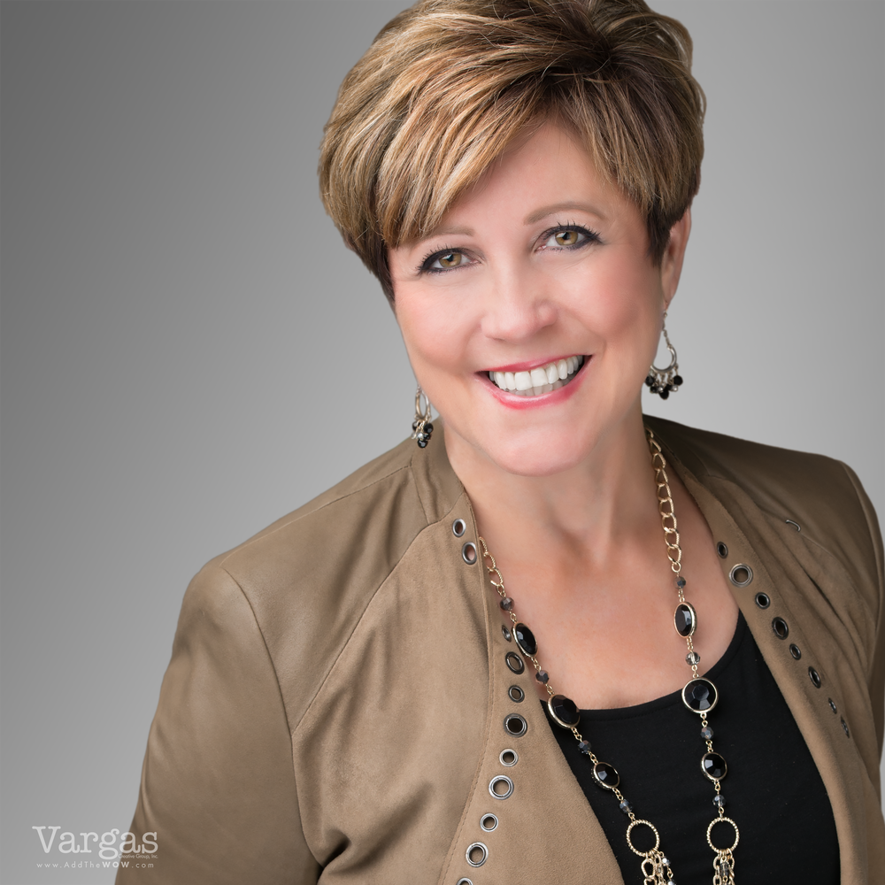 Barbara-Delgeize-Branding-Headshot.png