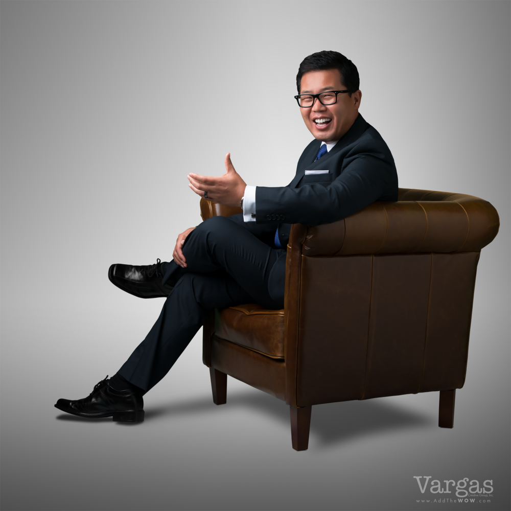 William-Lim-Real-Estate-Agent-Branding-Photography-Portrait-Headshot.png