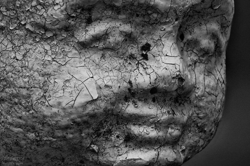 Statue1-Edit.jpg