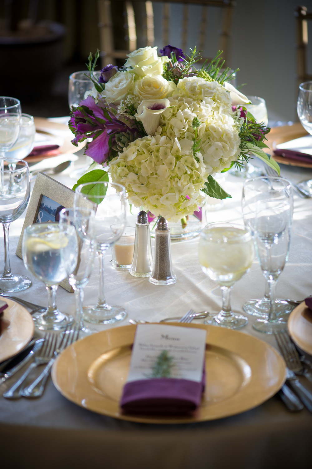 Classic and beautiful tablescapes. Centerpieces from my friend  Fleurescent   Menus from my fab  Roseville Designs