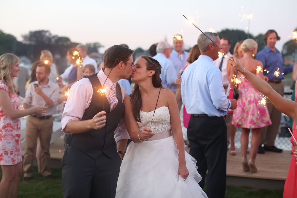 Milford Yacht Club Wedding Fairfield County Wedding Amy Champagne Events54.jpg