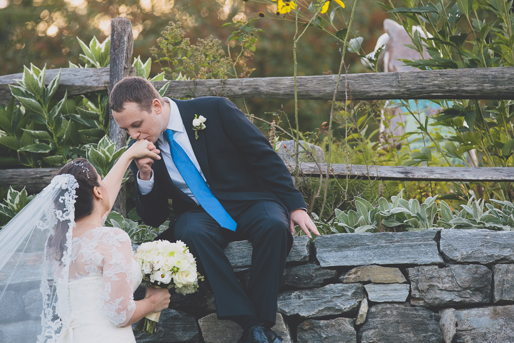 Hopkins Vineyard Tented Vineyard Wedding Amy Champagne Events092Hopkins-Vineyard-creative-unique-beautiful-wedding-photography_0003.jpg