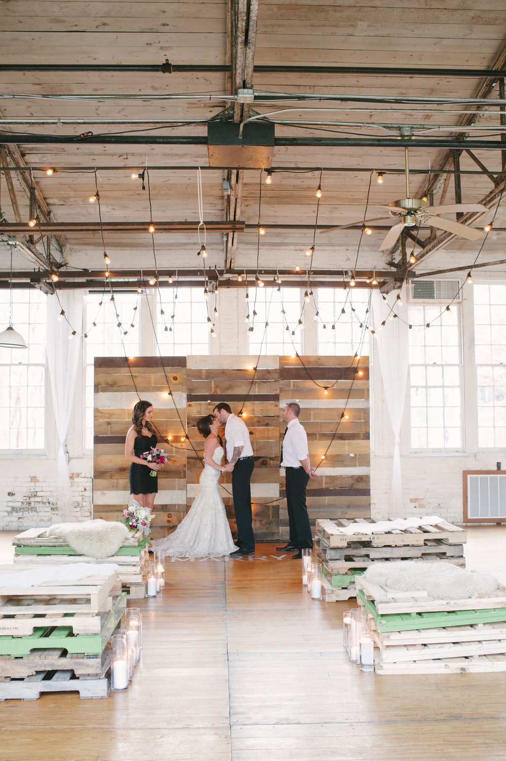 Cheap Wedding Venues In Ct | Industrial Chic Wedding Amy Champagne Events Ct Connecticut