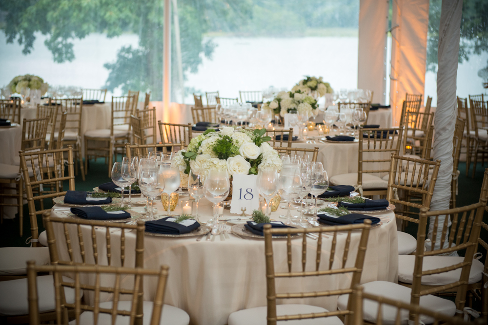 Photo Credit: Robert Norman Photography // Florals: Something Special