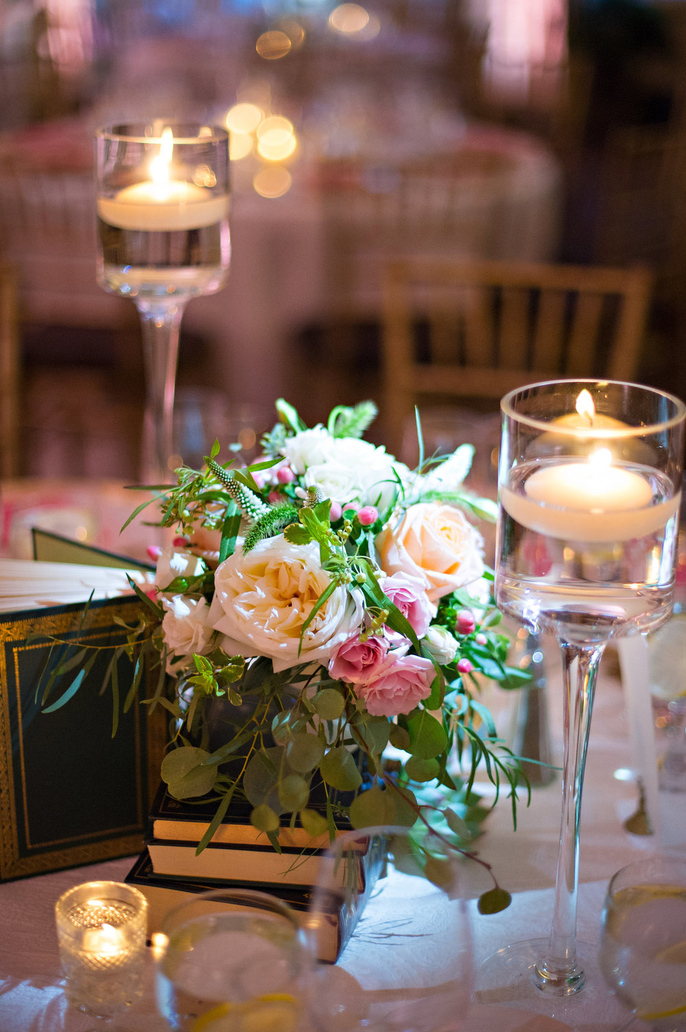 blush wedding decor.jpg