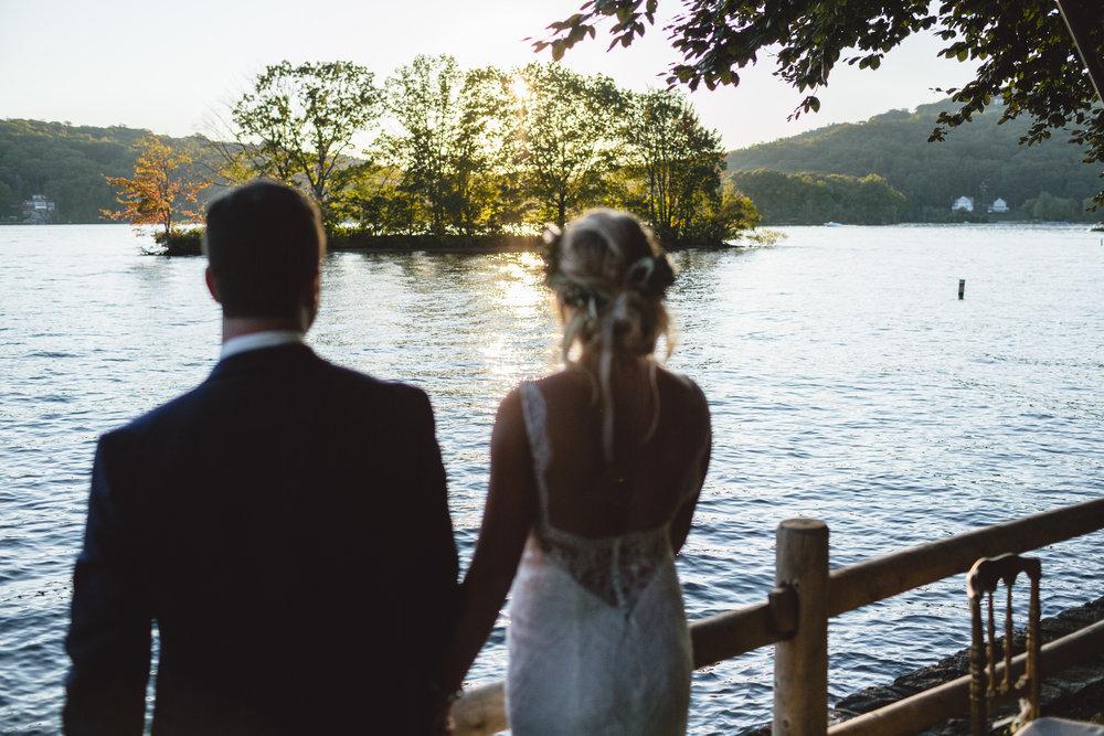 Candlewood Lake Wedding Clear Tent CT086.JPG