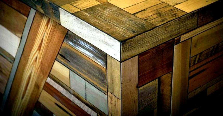 desk355_857_446_100.jpg