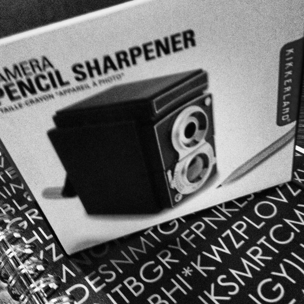 camera-pencil-sharpener-0603.JPG
