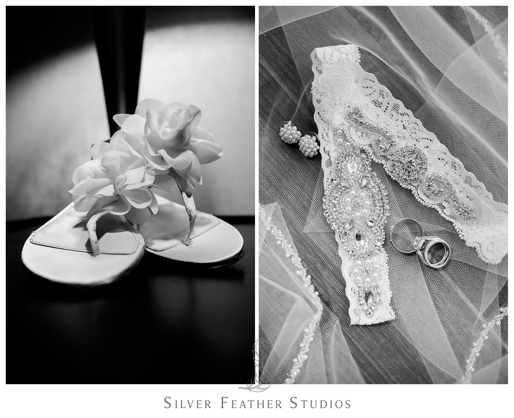 bride's wedding day details; getting ready at Hilton Riverside; wilmington wedding photography.