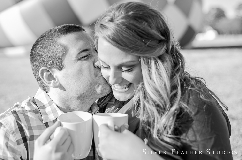raleigh-hot-air-balloon-engagement-session-009