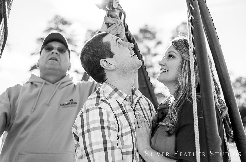raleigh-hot-air-balloon-engagement-session-011