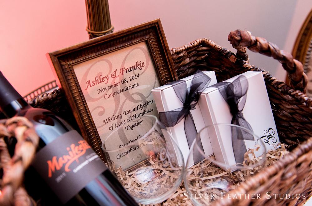 greensboro-country-club-wedding-016.jpg