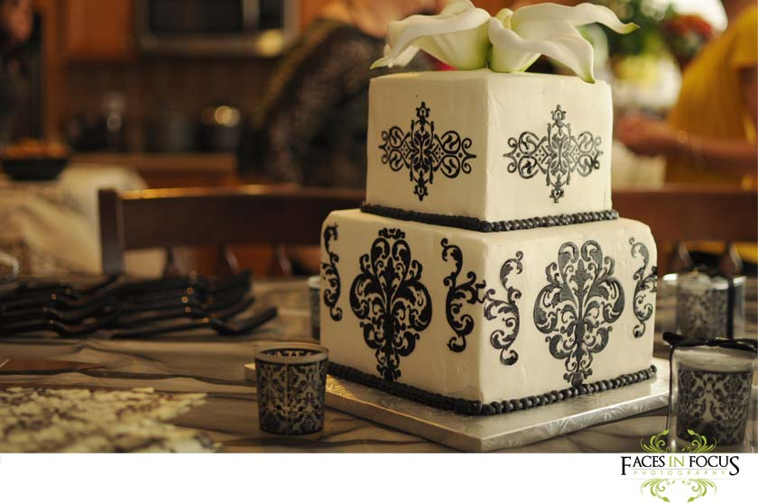 Stunning Square Damask cake from Burlington bakers.