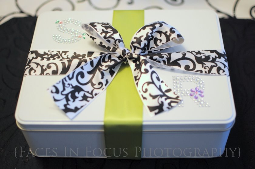 Metal container wrapped with green and black and white swirl ribbon|Burlington NC Family Photographer