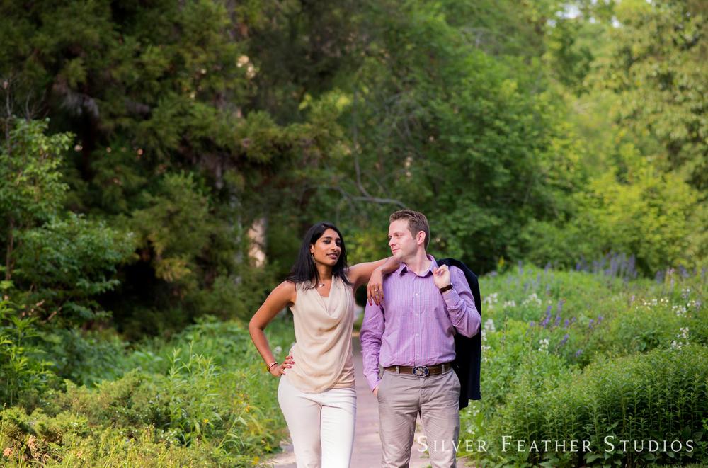 coker-arboretum-engagement-001.jpg