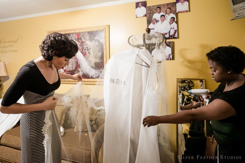revolution-mills-wedding-009.jpg