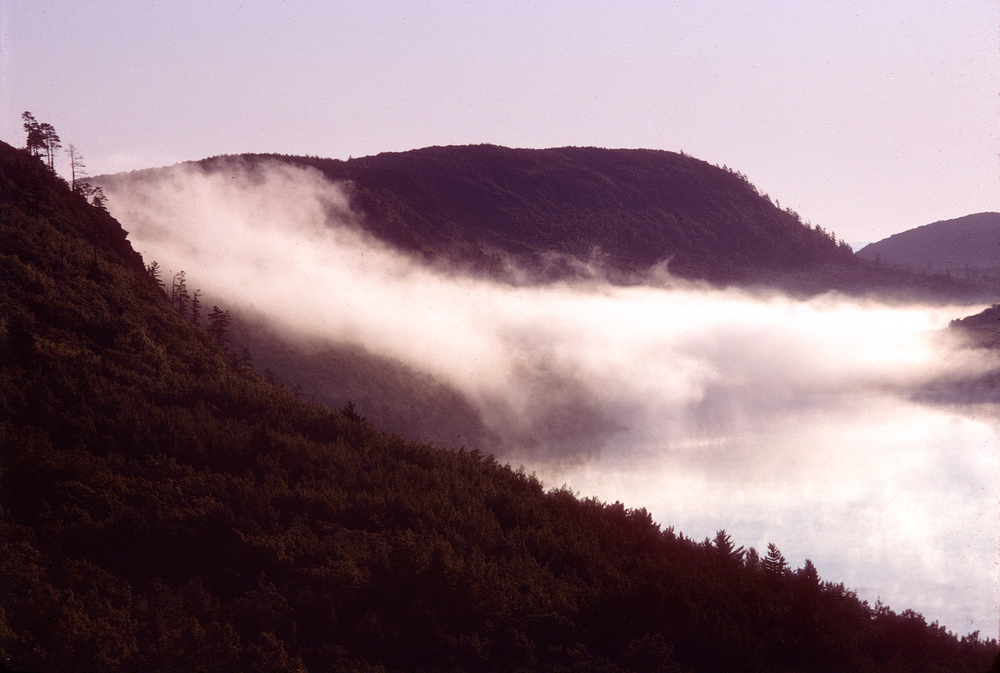 "Why they call it the ""Lake of the Clouds"""