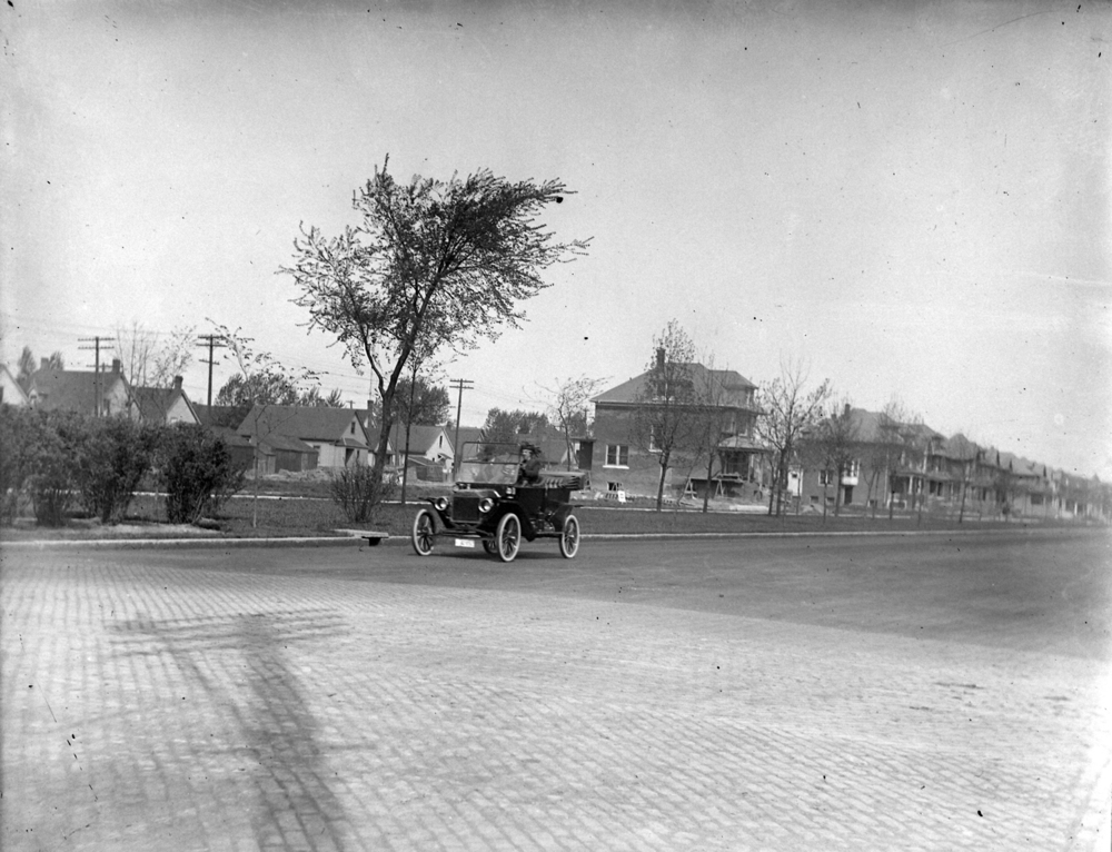 Model T, someplace in Detroit, circa 1915
