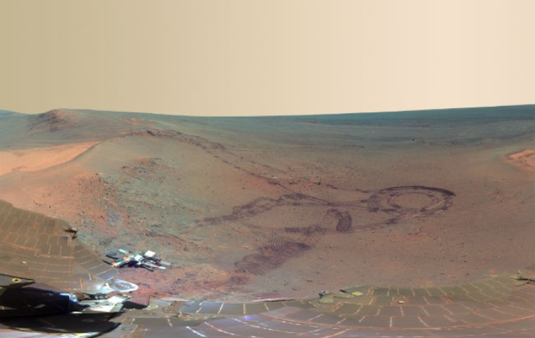 Mars panorama taken by NASA rover Opportunity shown in representative color.