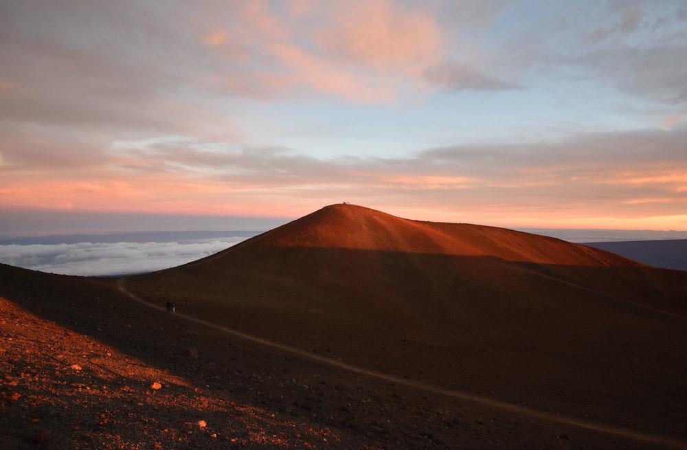The peak of Mauna Kea: 13,800 ft.