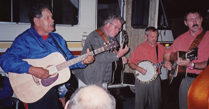 2003 - Papa Joe & Bob Glidden jamming with the Bluegrass Diamonds