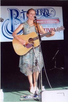 2005 - Pamela Johnson of the Riverdale Bluegrass Band