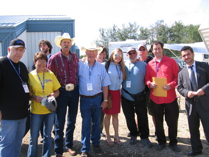 2006 - Blueberry volunteers with Hit & Run