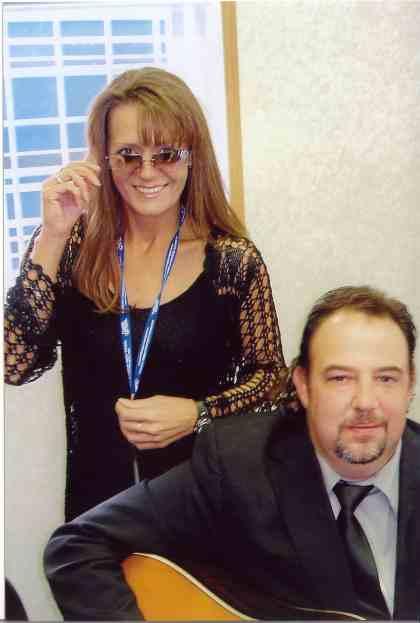 2006 - Gina & Mark Phillips backstage