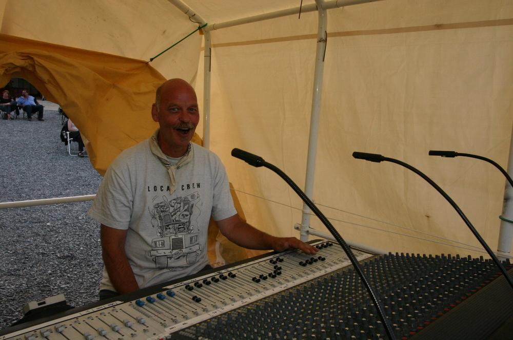 2010 - Faces of Blueberry - Soundman Extraordinaire