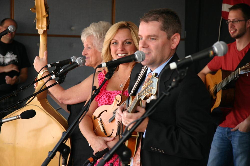 2010 - Carolyn, Rhonda & Brian Vincent
