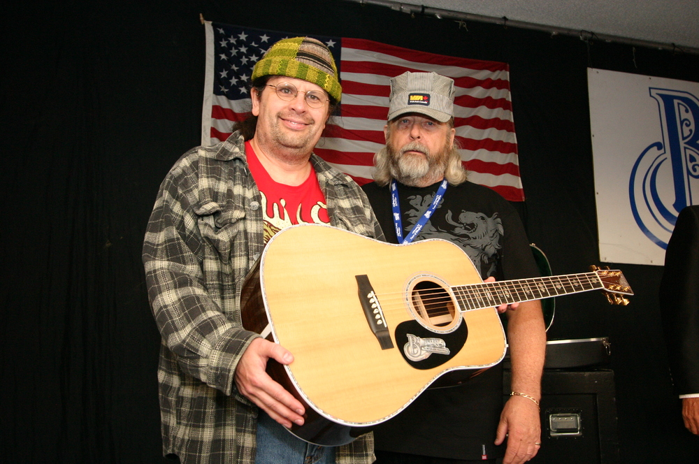 2010 - Prize winner of the Blueberry Martin Guitar, with Blueberry President Norm Sliter