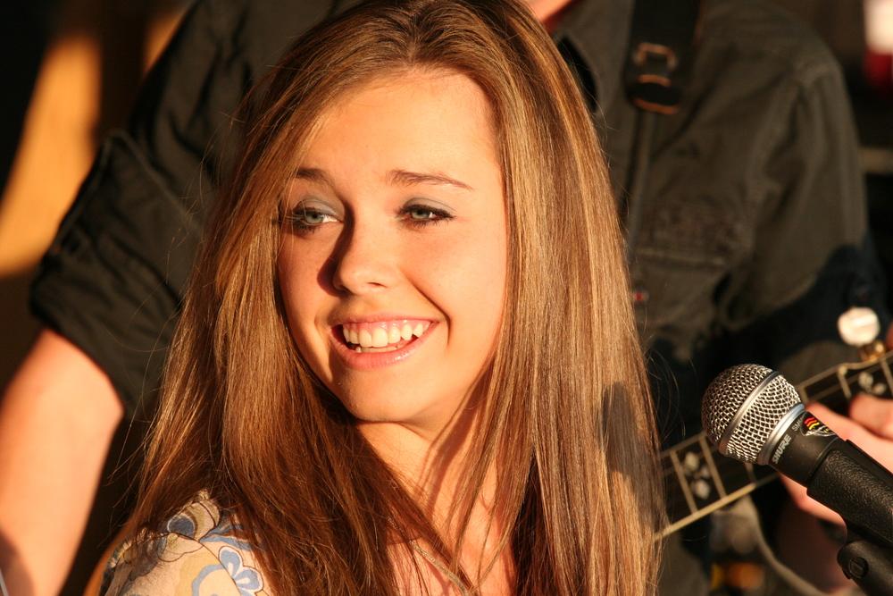 2009 - Sierra Hull