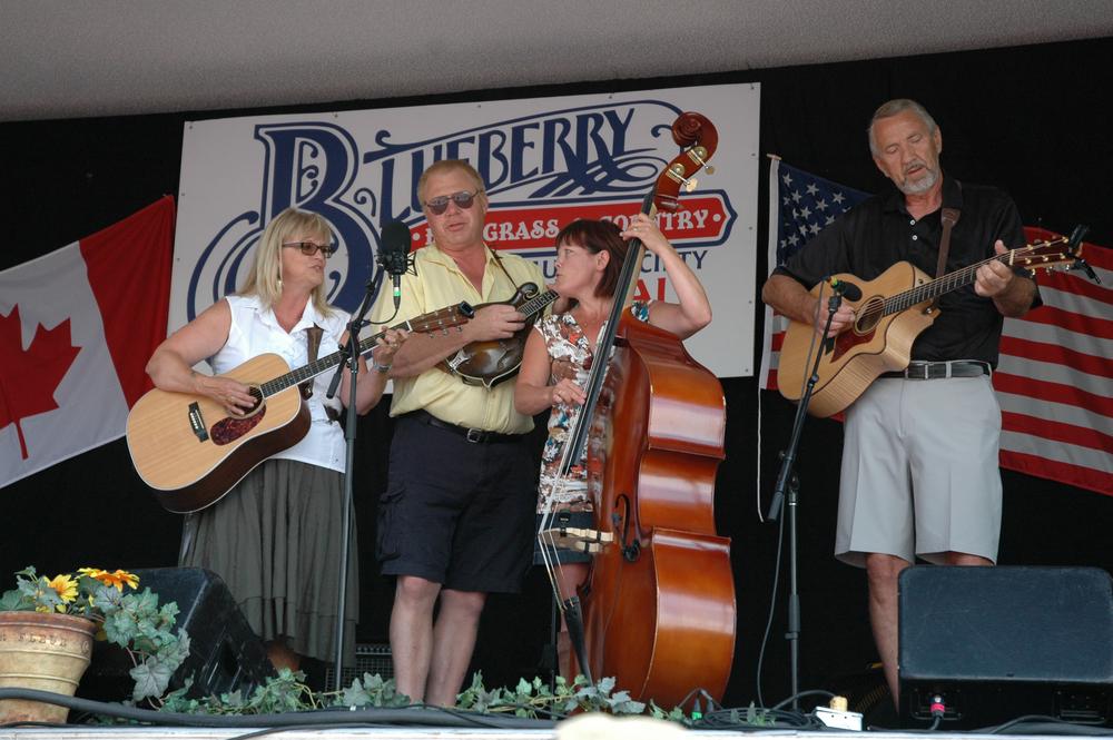 2012 - Backroads Stringband