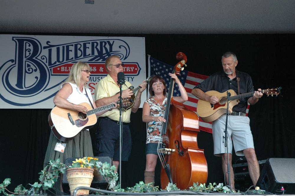 2012 - Backroads Stringband (Joann Martin, Darrell Fredland, Patsy Blois & Dwayne Larson)