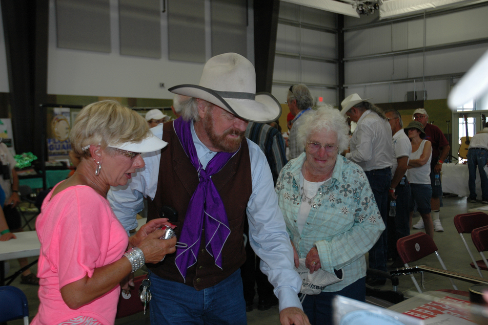 2012 - Michael Martin Murphey with some fans