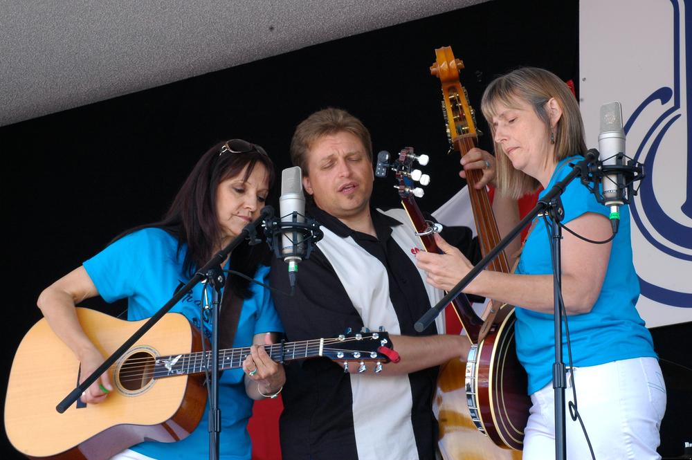 2012 - Jeannette Sinclair, Kenny Mak &  Sheila Hallett - Prairie Sky