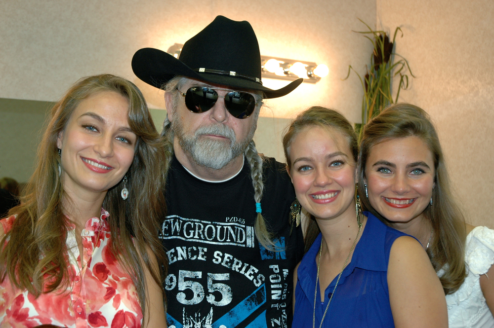 2012 - The Quebe Sisters (Sophia, Hulda & Grace) with Blueberry President Norm Sliter