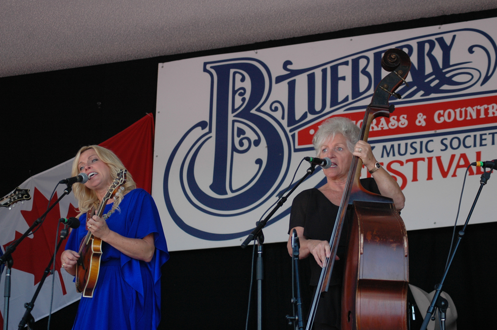 2012 - Rhonda & Carolyn Vincent