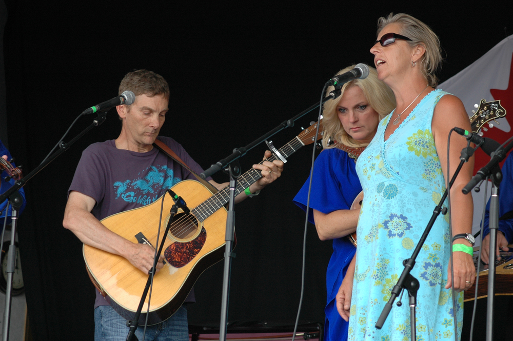 2012 - Jim & Penny Malmberg (Blueberry Workshop Organizers) with Rhonda Vincent
