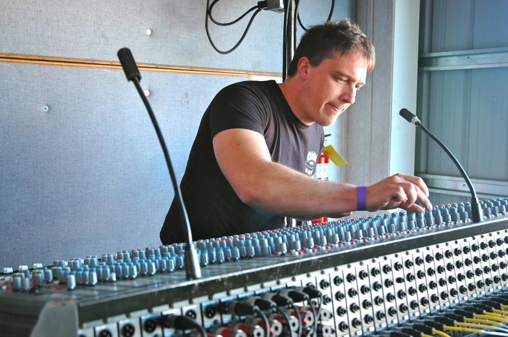 2012 - Soundcrew