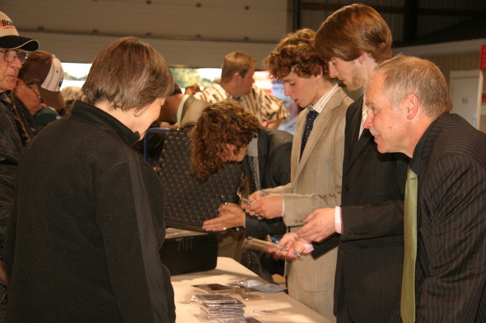 2008 - The Abrams Brothers signing autographs